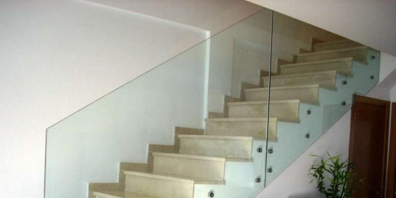 Pasamanos de cristal best escalera de cristal templado with pasamanos de cristal simple los - Barandilla cristal escalera ...